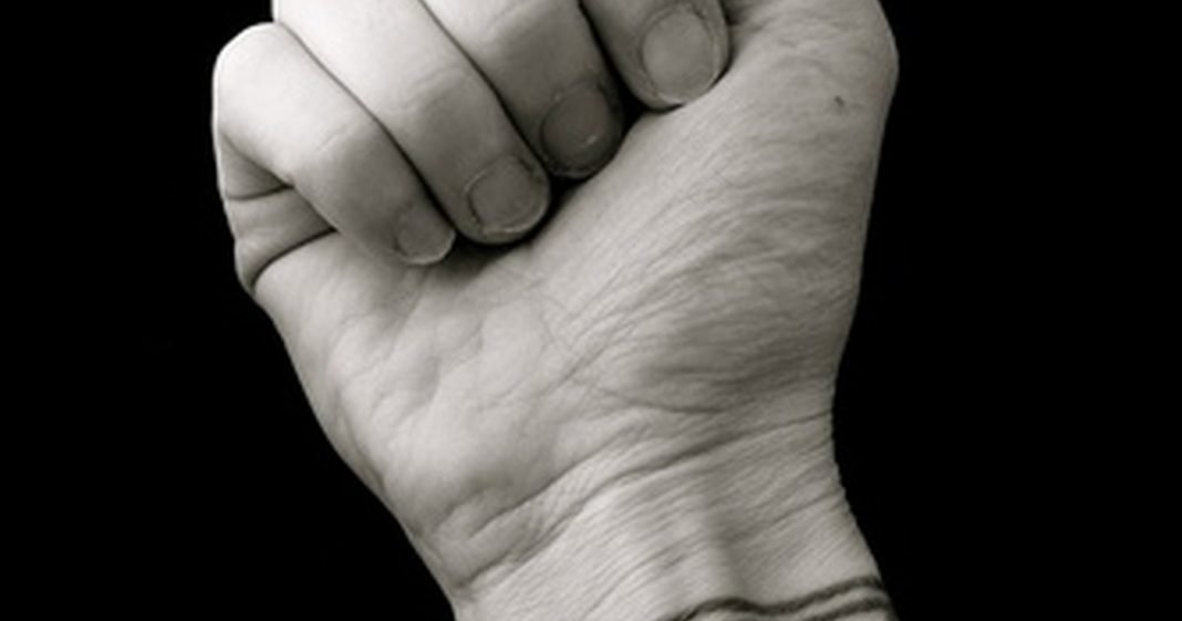 how to heal a sprained wrist quickly livestrong com