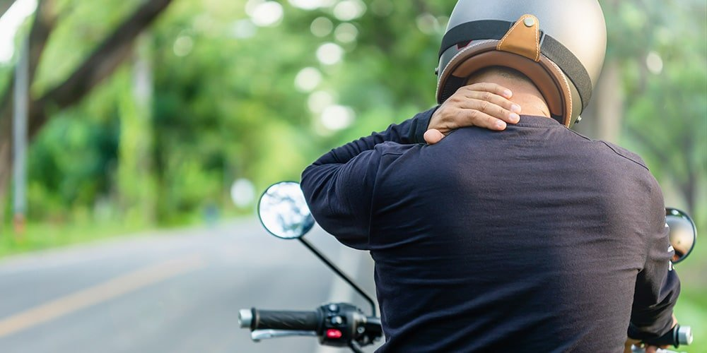 how to prevent neck pain while riding a motorcycle 5