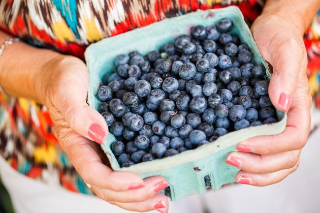 stomach cramps when eating berries livestrong com